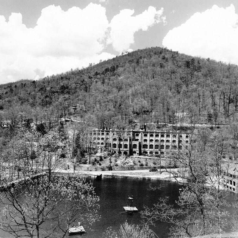 Assembly Inn and Lake Susan
