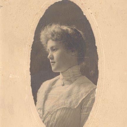 Photograph of Juliette Aurelia Graves - Mrs Crosby Adams 2