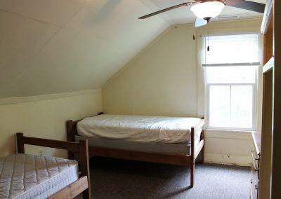 Bedroom 2 - Lookout Lodge